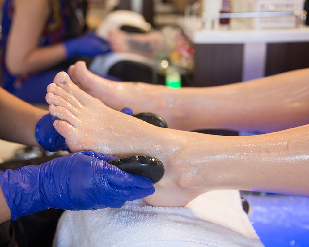 Queen Anne Nails Spa – Nail and Spa